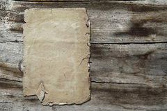 Uitstekend document op houten textuur royalty-vrije stock foto