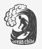 Uitstekend embleem Mensen die op golf surfen surfplank Branding logotype Stock Fotografie