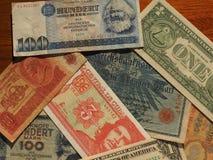 uitstekend geld van communistische landen en dollarnota's Royalty-vrije Stock Foto