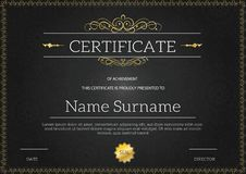 Uitstekend gouden klassiek certificaat, Certificaat van voltooiing t Stock Foto's