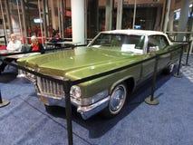 Uitstekend Groen Cadillac Convertibele Deville Royalty-vrije Stock Afbeelding