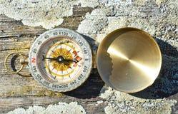 Uitstekend kompas Royalty-vrije Stock Afbeeldingen