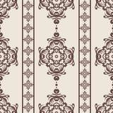 Uitstekend naadloos patroon Bloemen overladen behang Donkere vectordamastachtergrond met decoratieve ornamenten en bloemen in Bar Royalty-vrije Stock Foto's