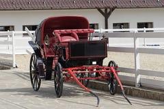 Uitstekend paard getrokken vervoer in stabiel parkeren Royalty-vrije Stock Fotografie