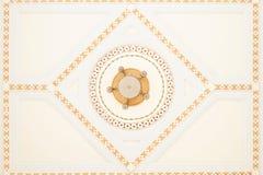 Uitstekend plafond Mooie details van uitstekend dak in anci royalty-vrije stock afbeeldingen