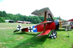 Uitstekend Rood Vliegtuig Royalty-vrije Stock Fotografie