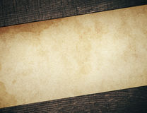 Uitstekend vuil document met oude houten planken Stock Afbeelding