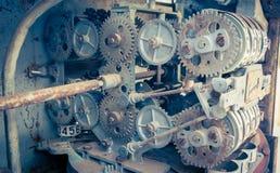 Uitstekende analoge oliemeter van een pomp, cijfers van mechanische oliepomp Royalty-vrije Stock Foto