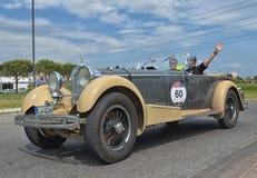 Uitstekende auto die het ras van millemiglia rennen Royalty-vrije Stock Afbeelding