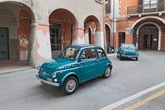 Uitstekende auto Fiat 500 Stock Foto's