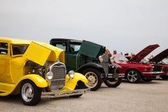 Uitstekende auto lineup. Stock Foto's