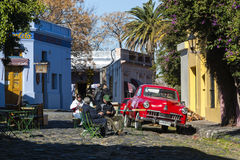 Uitstekende auto's in Colonia del Sacramento, Uruguay royalty-vrije stock afbeelding