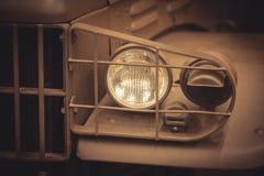Uitstekende autokoplamp royalty-vrije stock foto