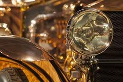 Uitstekende autokoplamp royalty-vrije stock afbeelding