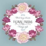 Uitstekende bloemenkaart met een kader van witte en purpere pioenen en Perzische boterbloem Stock Foto's