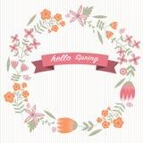 Uitstekende bloemkroon en hello de lentewoord Stock Foto