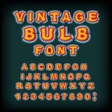 Uitstekende boldoopvont Gloeiende brieven Retro Alfabet met lampen G Royalty-vrije Stock Foto