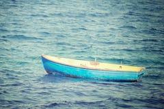 Uitstekende boot in het overzees Royalty-vrije Stock Afbeelding