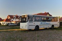 Uitstekende bus geparkeerde Autosan Royalty-vrije Stock Foto's