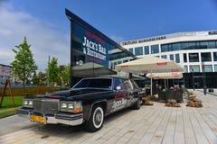 Uitstekende Cadillac-limo royalty-vrije stock foto's