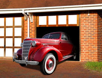 Uitstekende chevrolet in garage Royalty-vrije Stock Afbeelding