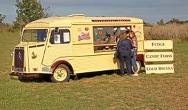 Uitstekende de snackwagen van Citroën Stock Foto