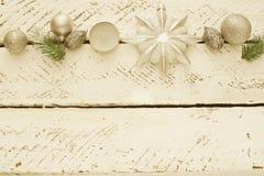 Uitstekende decoratieve Kerstmissamenstelling stock afbeelding