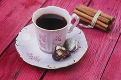Uitstekende Decoratieve Koffiemok Royalty-vrije Stock Foto's