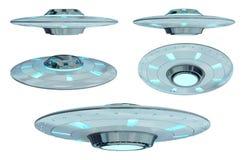 Uitstekende die UFOinzameling bij het witte 3D teruggeven wordt geïsoleerd als achtergrond Royalty-vrije Stock Afbeeldingen