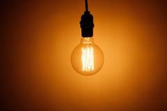 uitstekende elektrische bollamp stock afbeelding
