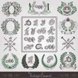 Uitstekende etiketten met installatiepatroon en brief Royalty-vrije Stock Afbeeldingen