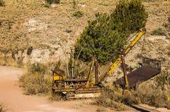 Uitstekende Excavateurs in Woestijn royalty-vrije stock foto