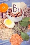 Uitstekende foto, Producten en ingrediënten die vitamine B1 en dieetvezel, gezonde voeding bevatten royalty-vrije stock fotografie