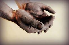 Uitstekende foto van vuile handen Stock Afbeeldingen