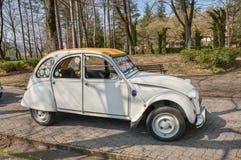 Uitstekende Franse auto Citroën 2CV Stock Foto