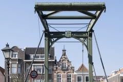 Uitstekende gebouwendaken in Rotterdam, Nederland Stock Foto