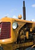 Uitstekende Gele Tractor Stock Fotografie