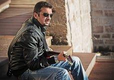 Uitstekende gitaarspeler Stock Fotografie