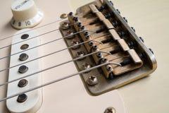 Uitstekende gouden brug voor gitaar royalty-vrije stock foto's