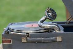 Uitstekende grammofoon met vinylplaat Stock Afbeeldingen