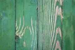 Uitstekende groene doorstane houten omheiningstextuur Royalty-vrije Stock Foto's