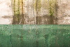 Uitstekende grungetextuur als achtergrond van oude concrete muur met gebarsten doorstane verf Stock Fotografie