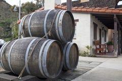 Uitstekende houten alcoholvaten Royalty-vrije Stock Afbeelding