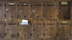 Uitstekende houten brievenbussen Stock Fotografie