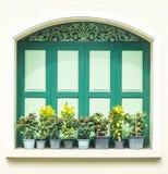 Uitstekende houten deur Royalty-vrije Stock Afbeeldingen