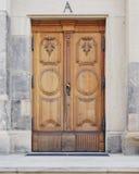 Uitstekende houten deur, Dresden Duitsland Stock Foto's