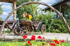Uitstekende houten wagen royalty-vrije stock foto's