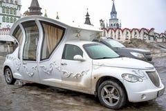 Uitstekende huwelijksauto Stock Afbeelding