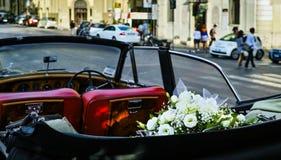 Uitstekende huwelijksauto Stock Foto