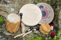 Uitstekende, Inheemse Amerikaanse Trommels. Royalty-vrije Stock Afbeeldingen
